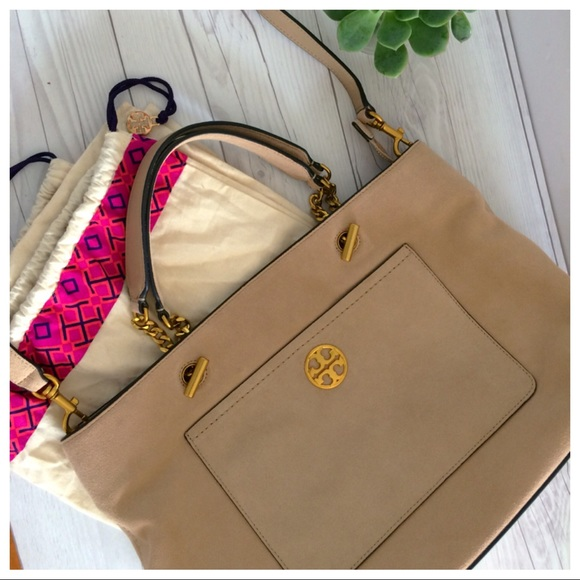91076734a703 NEW Tory Burch Chelsea Suede Mid-Size Shoulder Bag.  M 5b27ce939fe4865aeed8c721